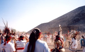 Teotihuacan Pyramid, Spring Equinox 2003. Photo A. Williams